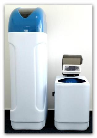 Automatický změkčovač vody kabinetní AZK3