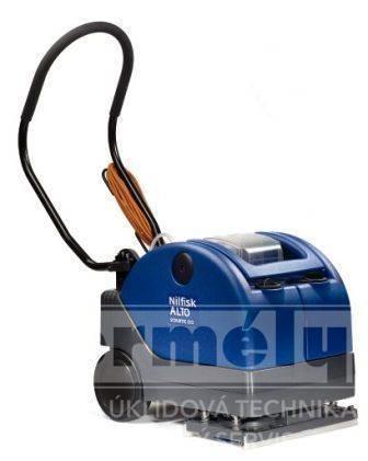 SCRUBTEC 233 podlahový mycí stroj kabelový