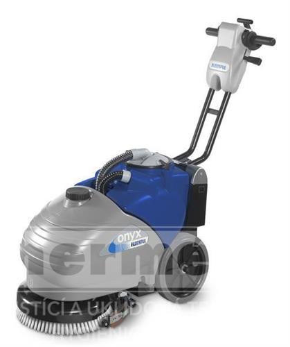 Mycí podlahový stroj - ONYX 35 E